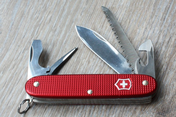 Red Victorinox Farmer Vicfan Com