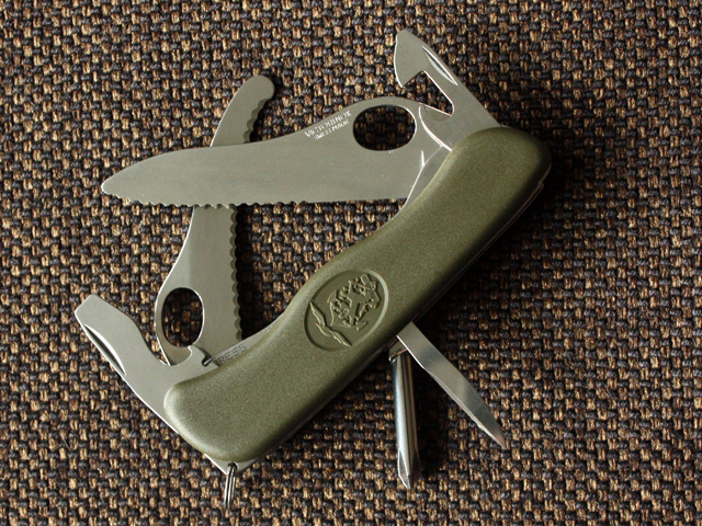Victorinox 2010 Dutch Army Knife