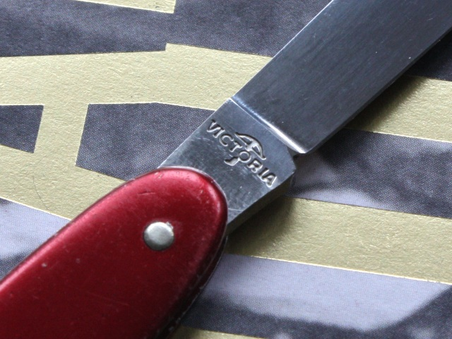 Victorinox 75mm alox pen knife – Victoria tang stamp
