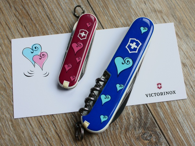 """Victorinox set """"Elle et Lui"""" - back"""