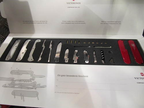 Victorinox Knife Assembling Set