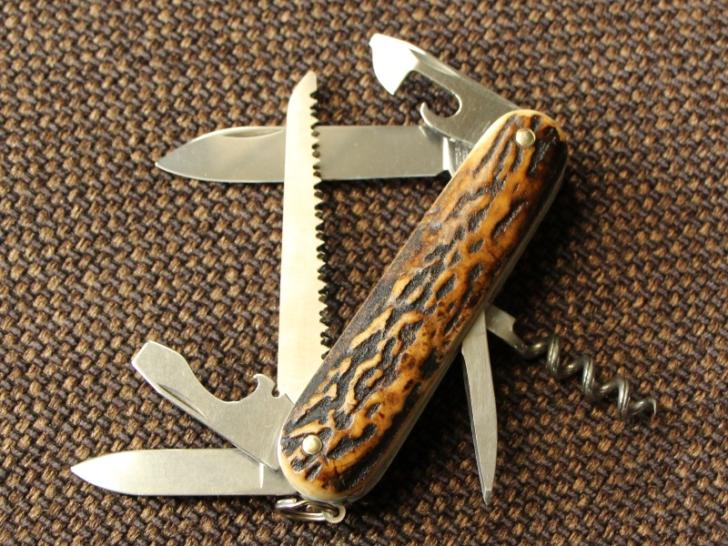 victorinox-stag-horn-camper-01